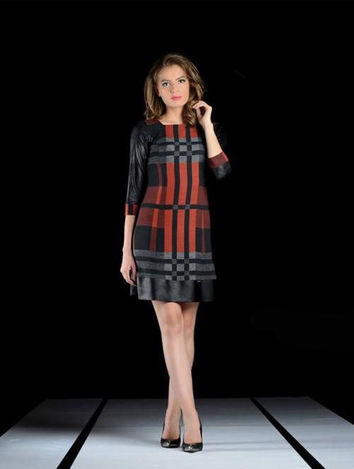 ASTIBO Фустан со каро дезен во ќерамида боја