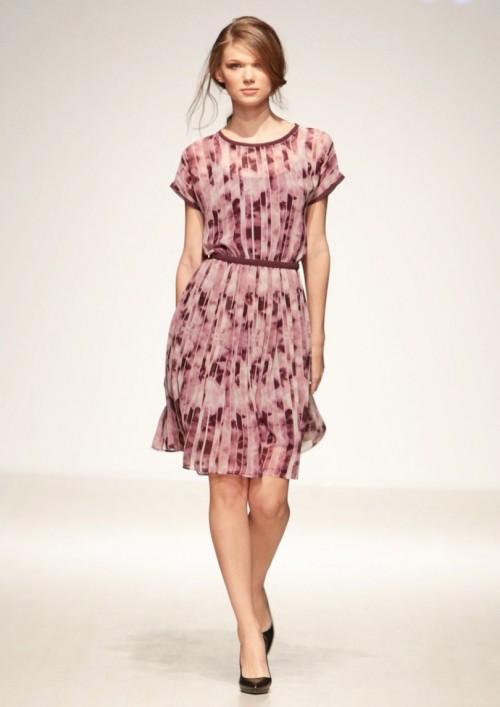 LINEA COLLECTION Лелеав фустан со фалти на долнот дел во принт со деним ефект