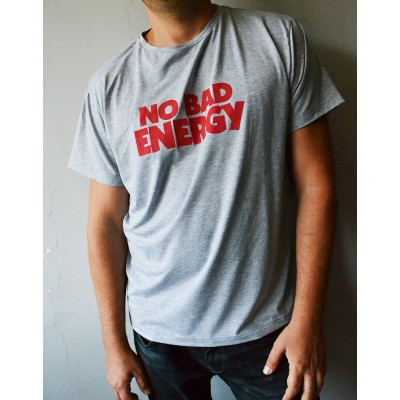 "FACTORY Машка маица ""No Bad Energy"" во светло сива боја [Limited Edition]"